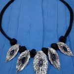 Accesories Necklace Leaf Stone