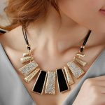 Acesories Necklace Square Stone